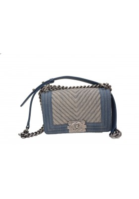 Chanel Boy Denim Handtasche SOLD OUT weltweit   !!