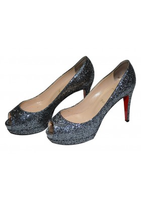 Christian Louboutin Peeptoes Glimmer